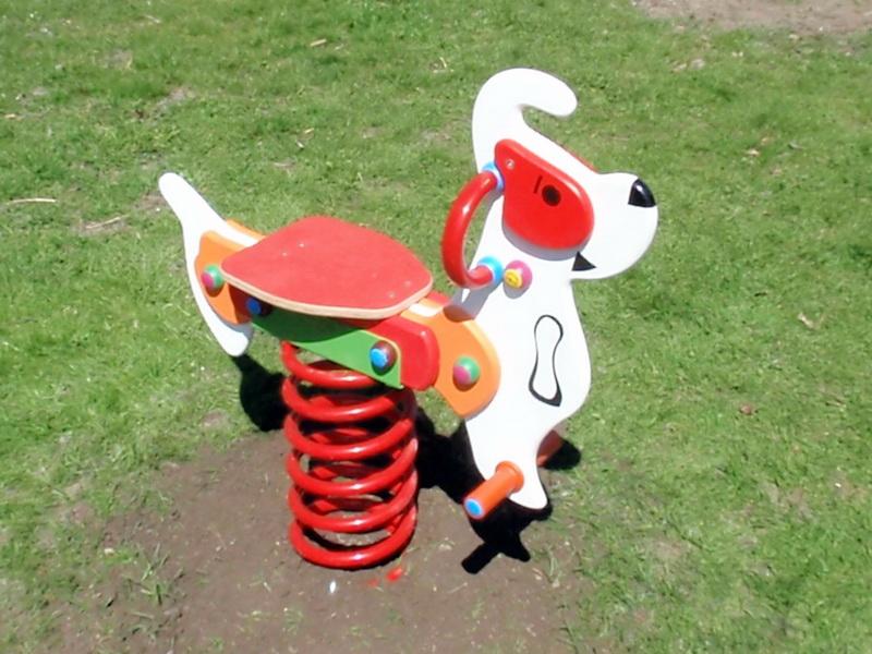 Pružinová hojdačka pes