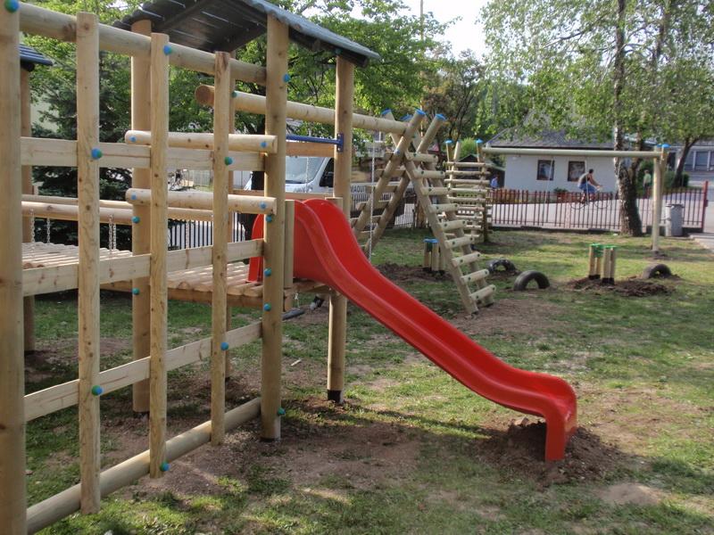 detske ihrisko Obec Litava I, 2011