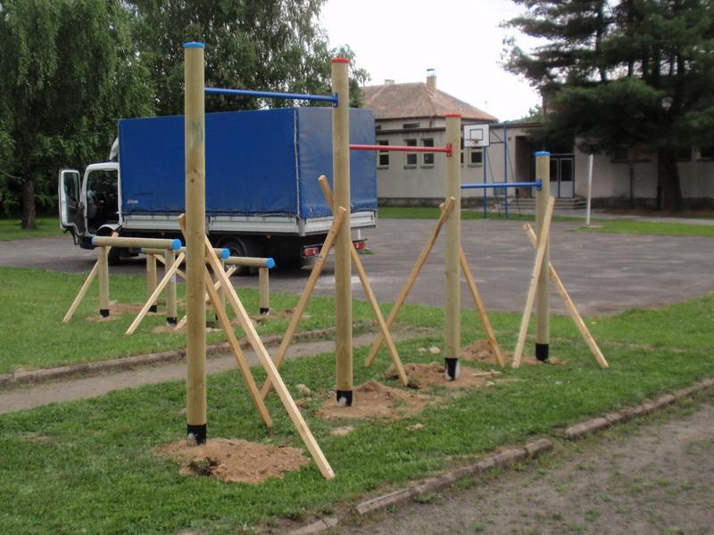 detske ihrisko ZŠ Kriváň, 2011