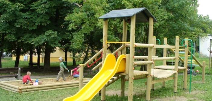 detske ihrisko Mesto Banská Bystrica, Mládežnícka, 2011