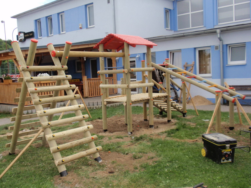 detske ihrisko Mestský športový areál, Stará Turá, 2011
