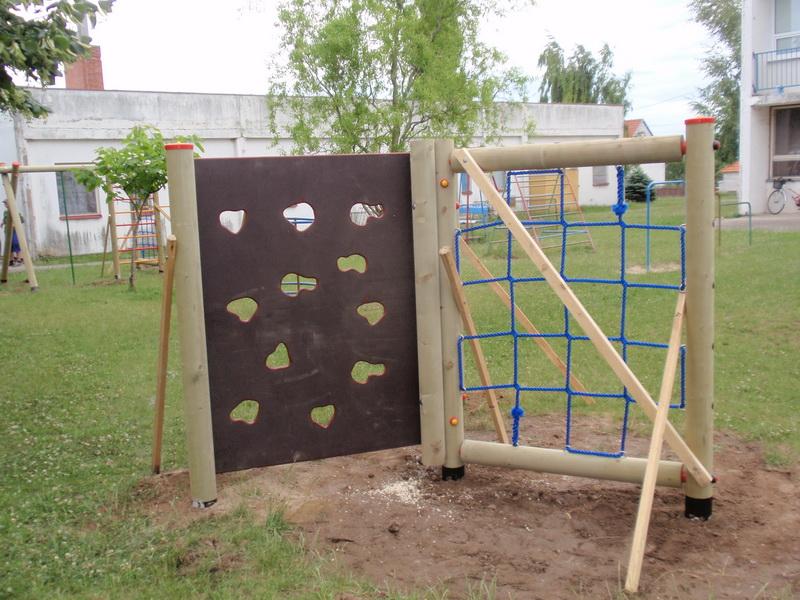 detske ihrisko MŠ Pata, 2011