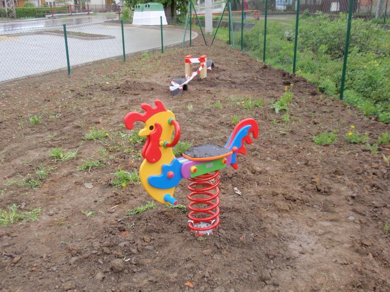 detske ihrisko Obec Bolešov, 2011