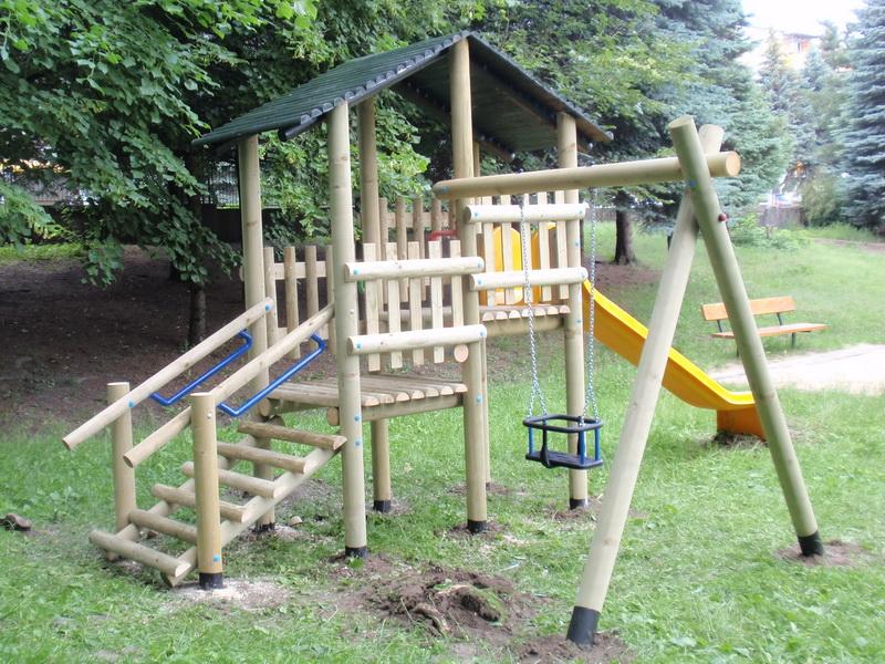 detske ihrisko MŠ Banská Bystrica, Družby, 2011