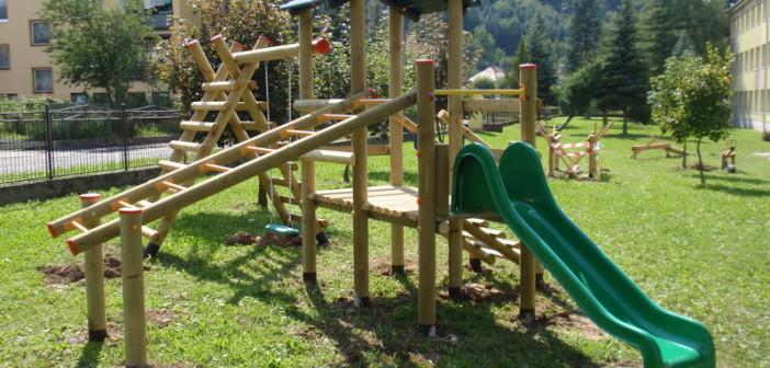 detske ihrisko ZŠ Hliník nad Hronom, 2011
