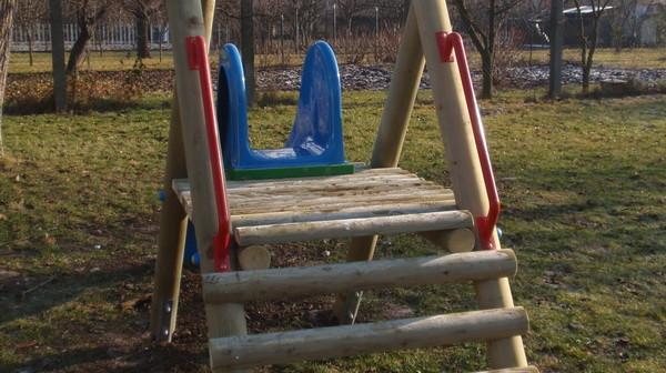 detske ihrisko MŠ Nedožery-Brezany, 2011