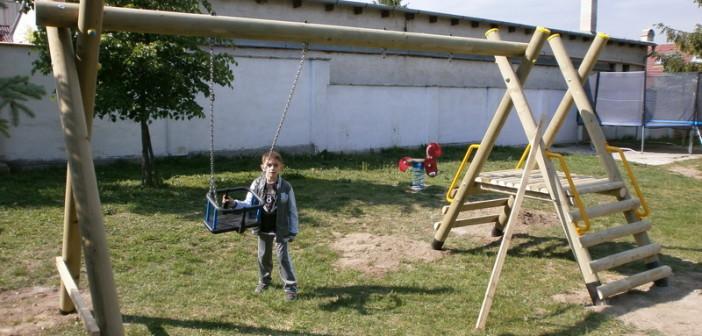 detske ihrisko MŠ Zeleneč, 2012