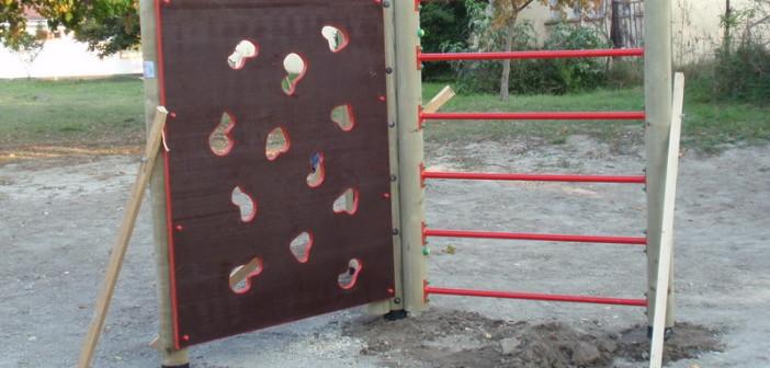 detske ihrisko Obec Iža, 2011