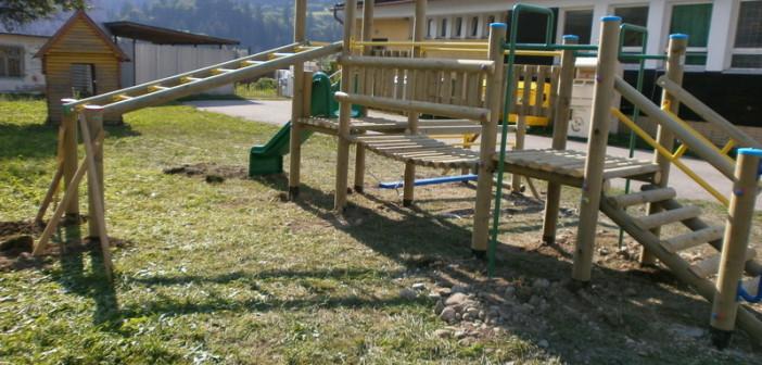 detske ihrisko Obec Krivá, 2012