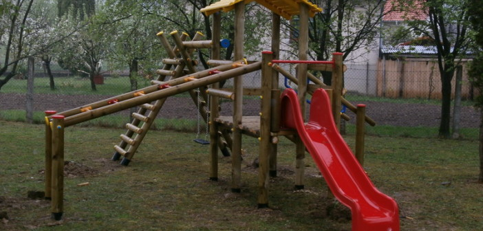detske ihrisko Obec Priepasné, 2012