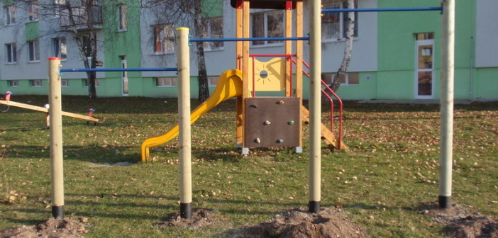 detske ihrisko Obec Rohožník, 2011