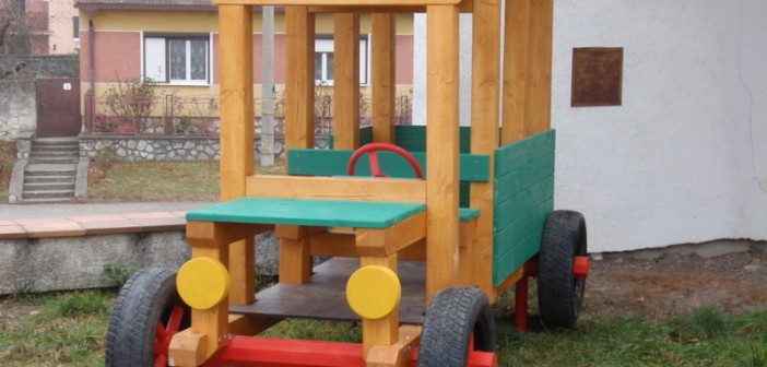 detske ihrisko Obec Sološnica, 2011