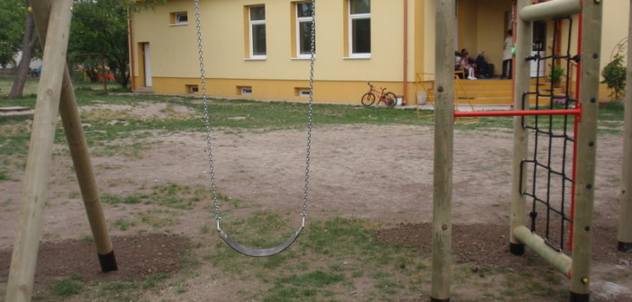 detske ihrisko ZŠ Miloslavov, 2012
