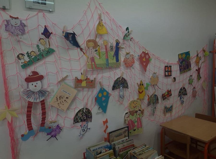 Dekoračná sieť je nápaditá a vkusná dekorácia do každej triedy materskej školy